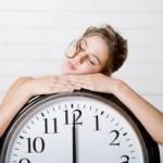 睡眠時間の理想は?長いことと寿命やうつに関係はあるのか?